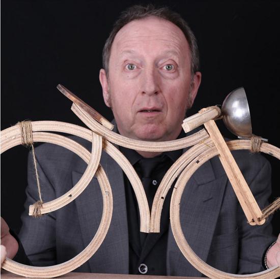 Jean-Pierre BOURDALEIX et son drôle de vélo en bois